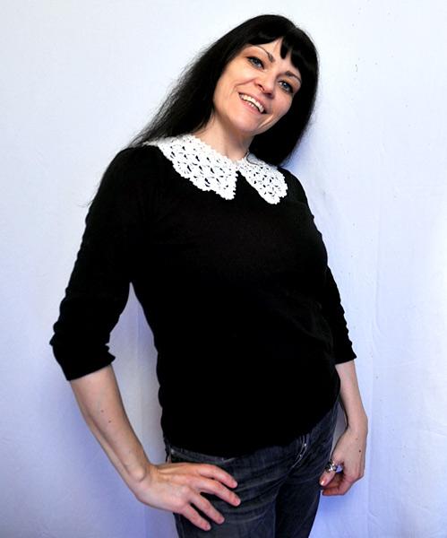 Jasz with crochet collar